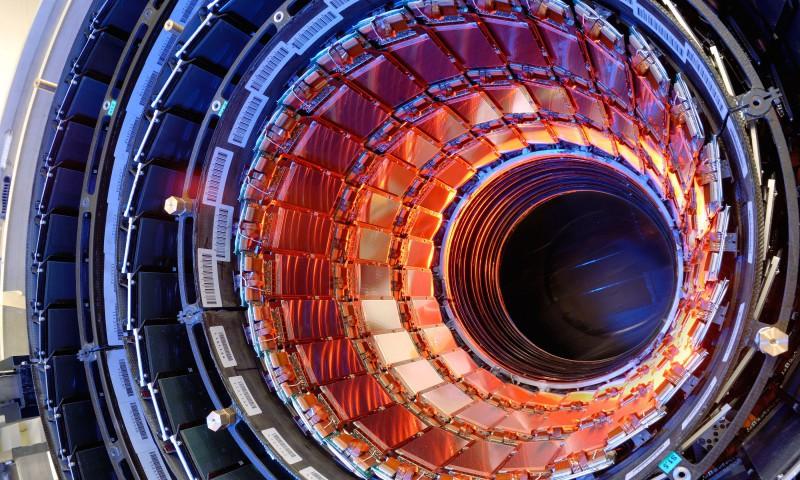 Collider-Large-Hadron-480x800