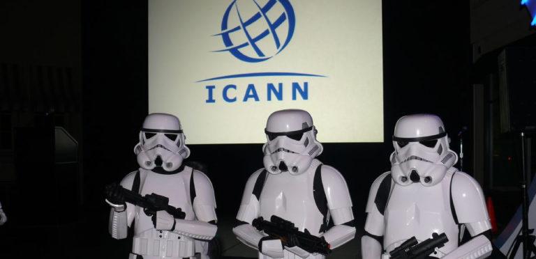 Les Stormtroopers défendent l'ICANN